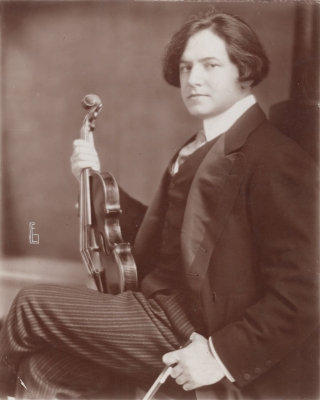 Elias Goldensky: Jules Falk with his 1723 Antonio Stradivari violin