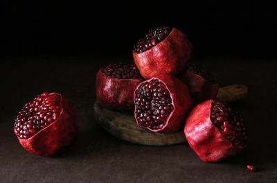 Yuliya Sent: Scalped Pomegranates