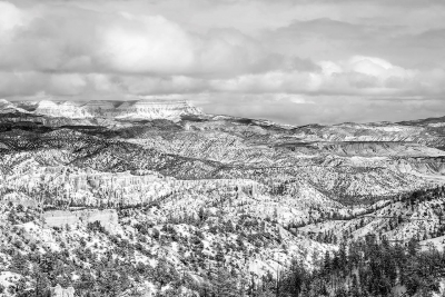 Julia Hiebaum: Winter Scenery in Bryce Canyon, Utah